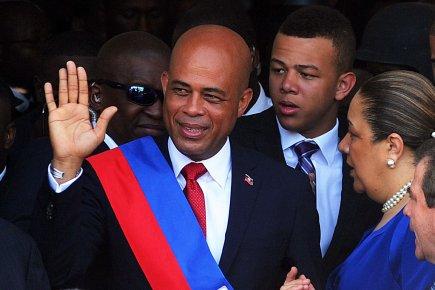 martelly a prêté serment et devient le 56e president d'Haiti.